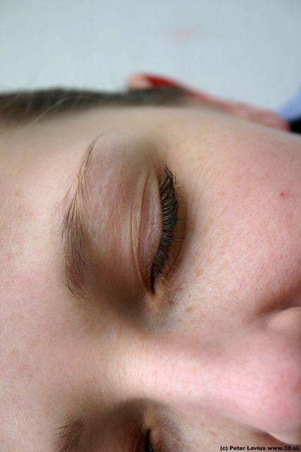 Eye Woman White Athletic