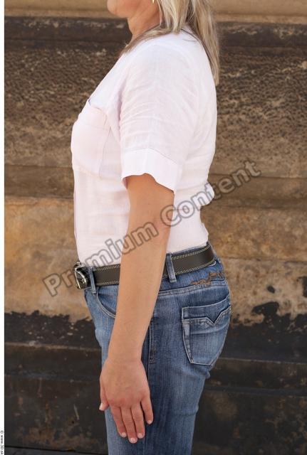 Arm Woman White Casual T shirt Average