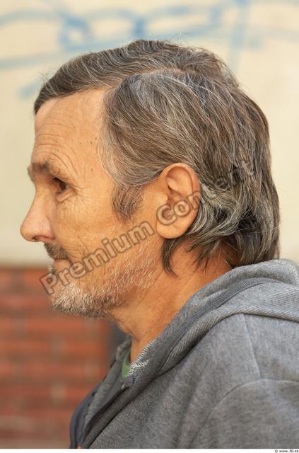 Head Man White Average Bearded