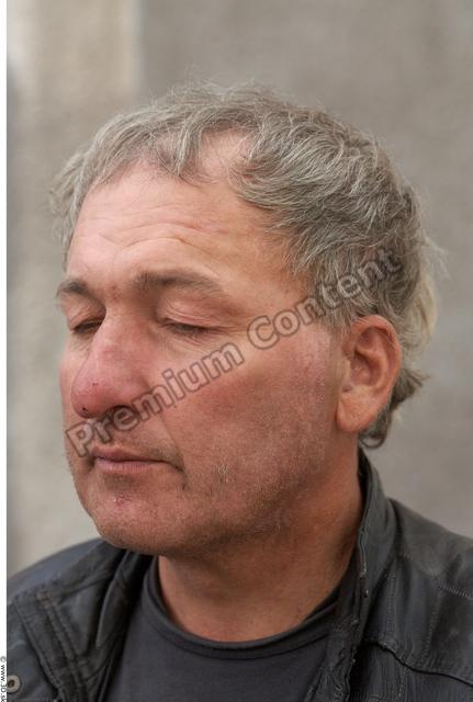 Head Man White Casual Average