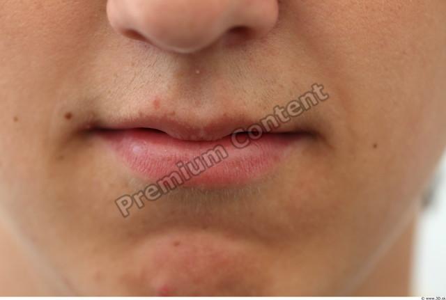 Mouth Man White Average