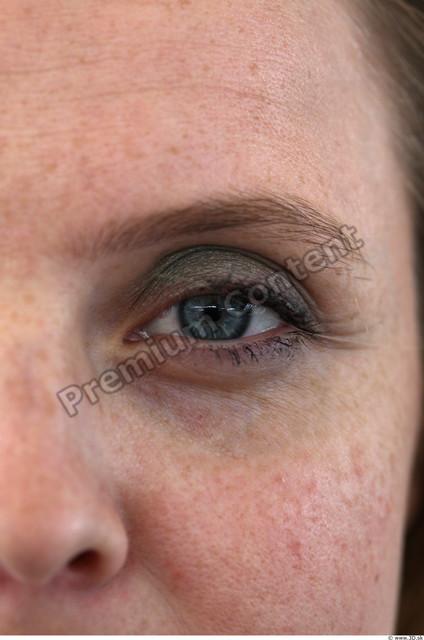 Eye Woman White Average