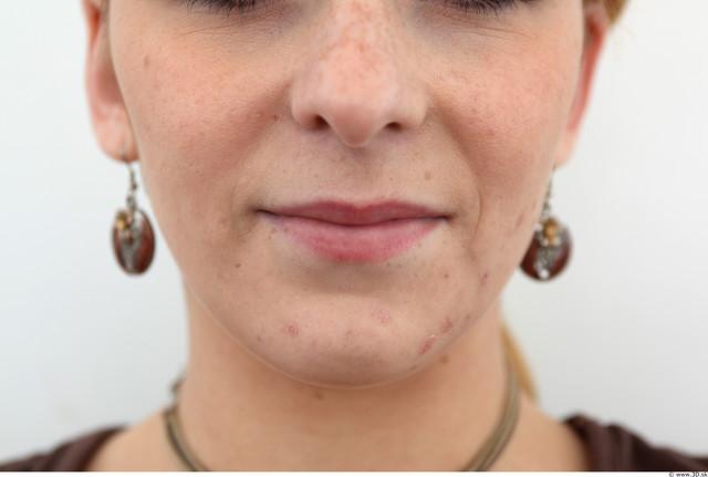 Mouth Woman White Slim