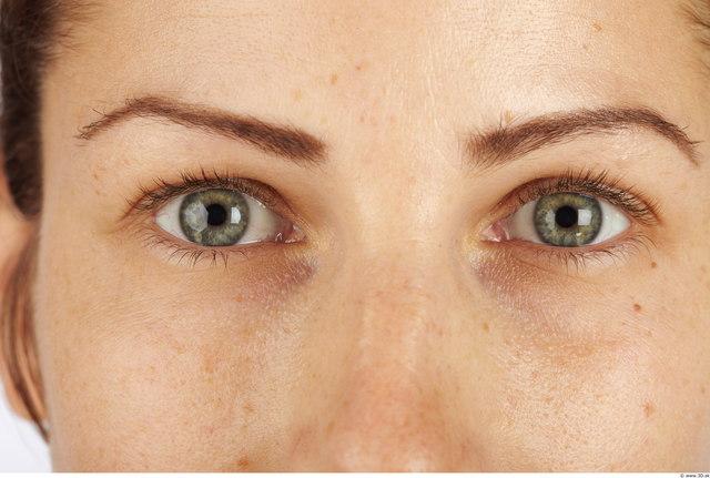 Eye Woman Average Studio photo references