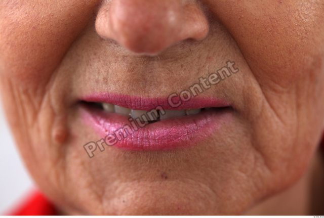 Mouth Woman White Average Wrinkles