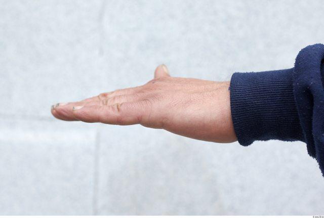 Hand Man White Slim Wrinkles