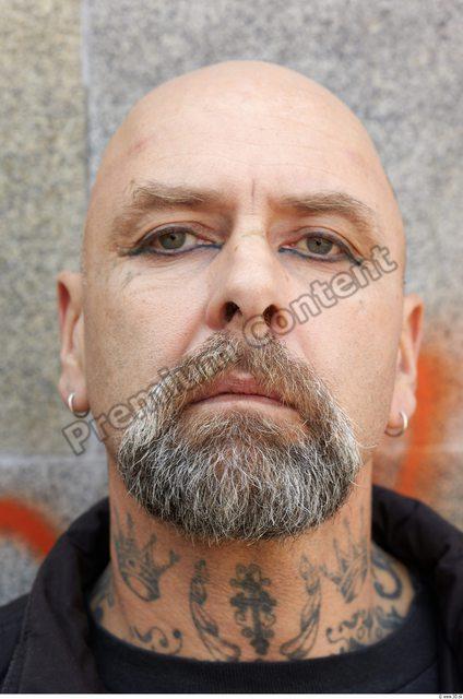 Head Man White Average Bald