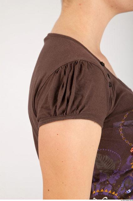 Arm Whole Body Woman Animation references Casual Shirt T shirt Average Studio photo references