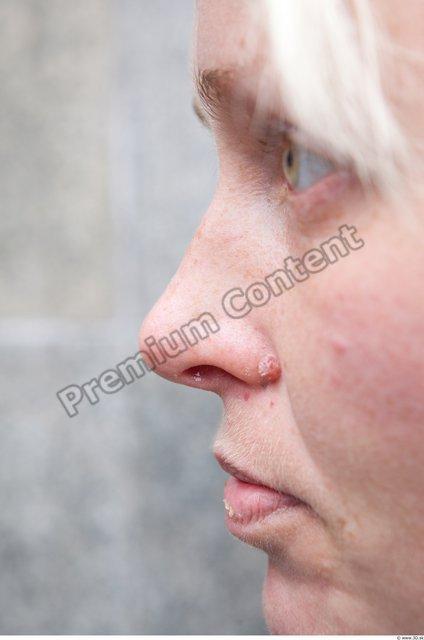 Eye Woman White Casual Average
