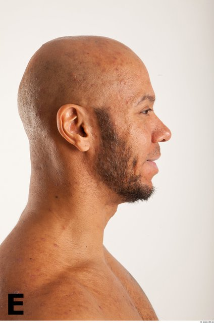 Head Phonemes Man Another Muscular Bald