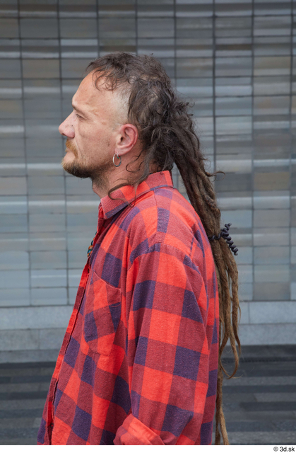 Head Hair Man White Casual Average Street photo references