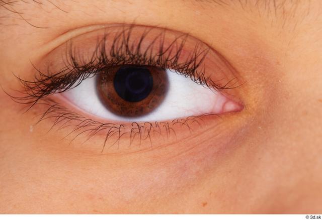 Eye Woman Black Average Studio photo references