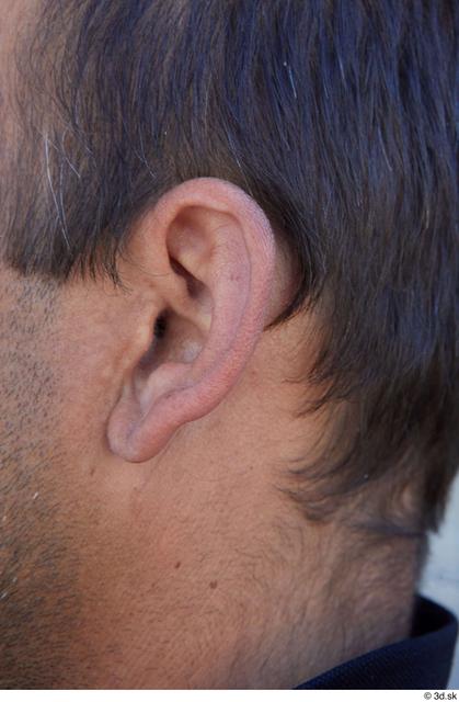 Ear Man White Sports Average Street photo references