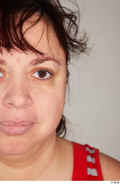 Eye Woman White Casual Average Street photo references