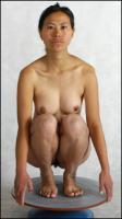 Muschi poses