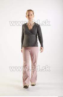 Zina poses 0025