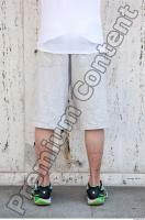 b0028 Young man leg reference 0001