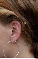 Street  697 ear earring 0001.jpg