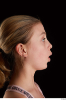Sarah  2 O head phoneme side view 0001.jpg