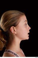 Sarah  2 E head phoneme side view 0001.jpg