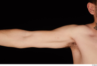 Hamza arm nude shoulder 0002.jpg