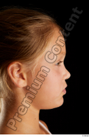 Esme  2 U head phoneme side view 0001.jpg