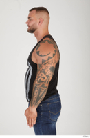 Street  912 arm tattoo upper body 0001.jpg