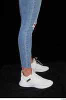 Vinna Reed blue jeans calf casual dressed white sneakers 0007.jpg