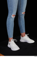 Vinna Reed blue jeans calf casual dressed white sneakers 0008.jpg