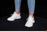 Vinna Reed foot shoes sports white sneakers 0002.jpg