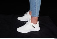 Vinna Reed foot shoes sports white sneakers 0003.jpg