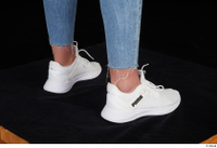 Vinna Reed foot shoes sports white sneakers 0006.jpg
