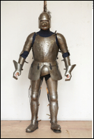 Photos Medieval Soldier in plate armor 3